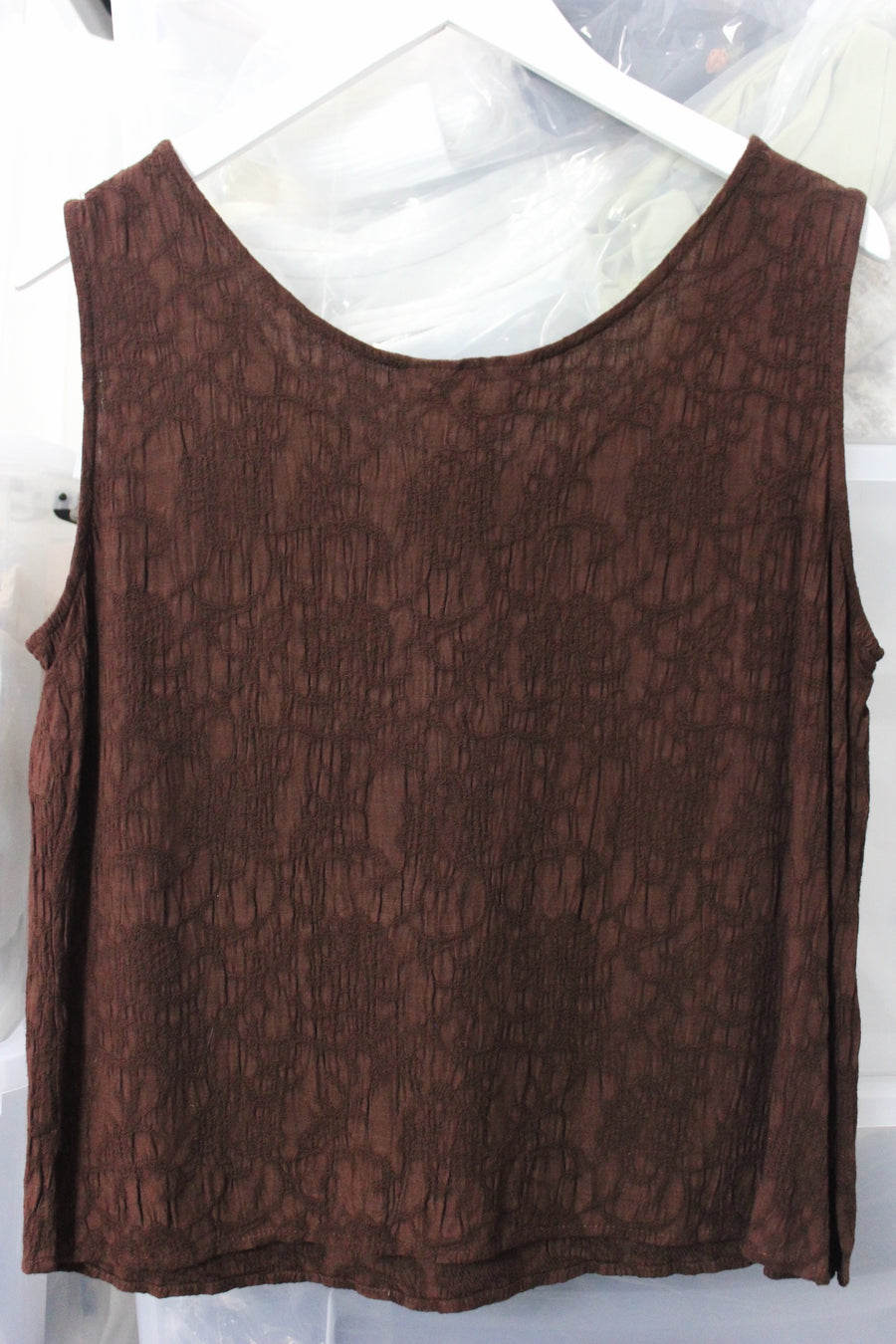 BETTY EMBROIDERED VINTAGE TOP / BROWN