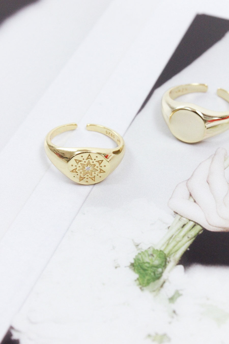 CLASSIC GOLD SIGNET RING - Halite Clothing