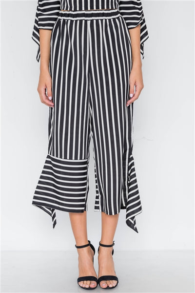 Black and white stripe flounce capri pants