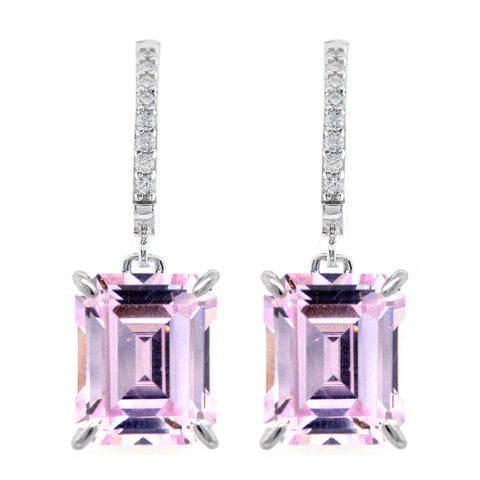 E22787 - P - Baguette cut light pink cubic earrings