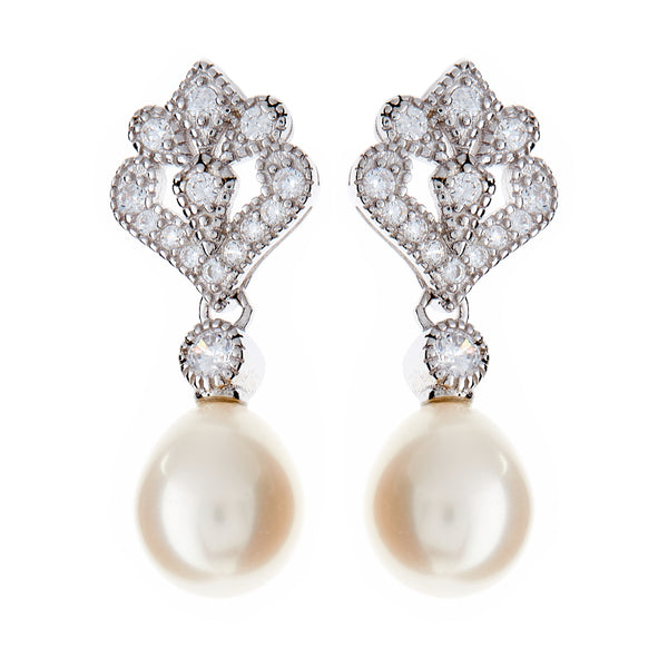 E991 - Freshwater pearl & cz stud earrings