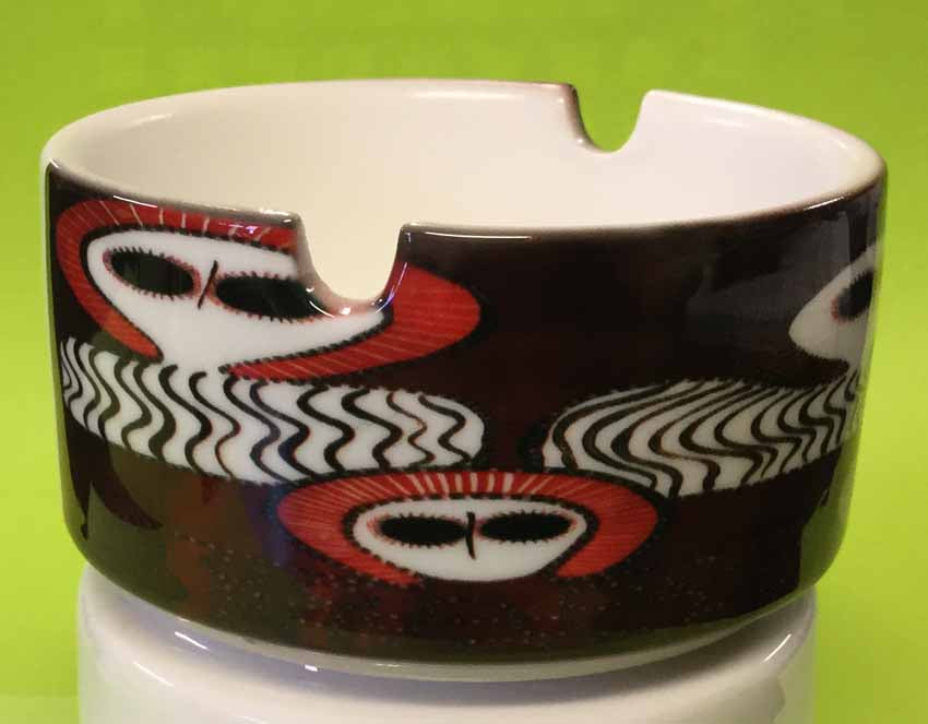 Ash tray. Wandjina images by Edna Dale.