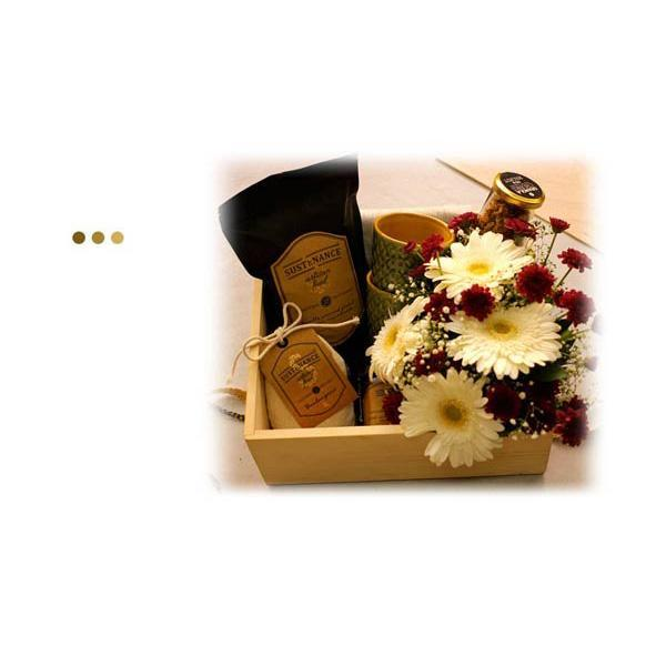 Snacks - DELUXE HAMPER