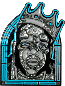 """Notorious Glass"" pin - datacrew"