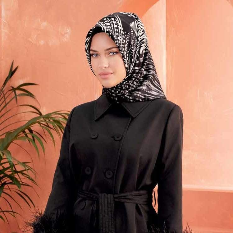 Armine :  A Stylish Silk Hijab Scarf for Modern Women
