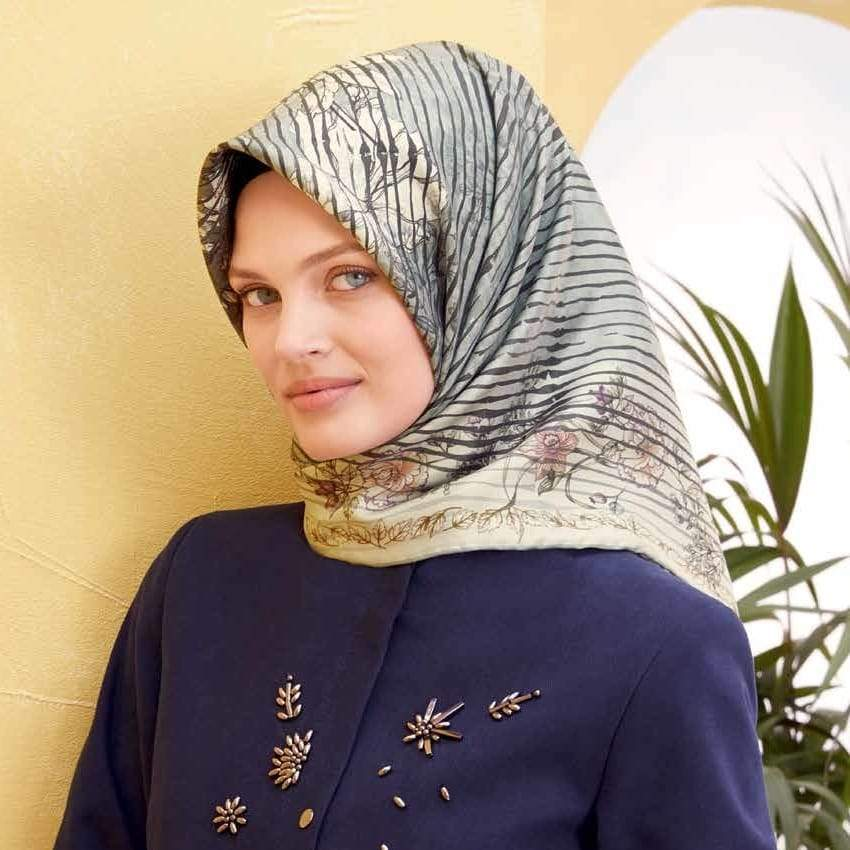 Armine : A Willow Screen Exuberates Elegance and Class Scarf Silk Hijabs,Armine Armine