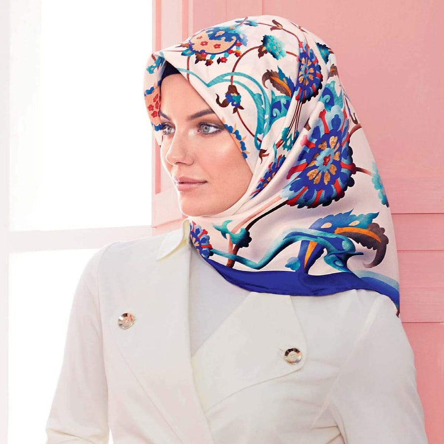 Armine : A Stylish Hijab from Modest Hijab Collection