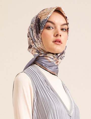 Kayra : A Classy Silk Scarf from Turkey Silk Hijabs Kayra