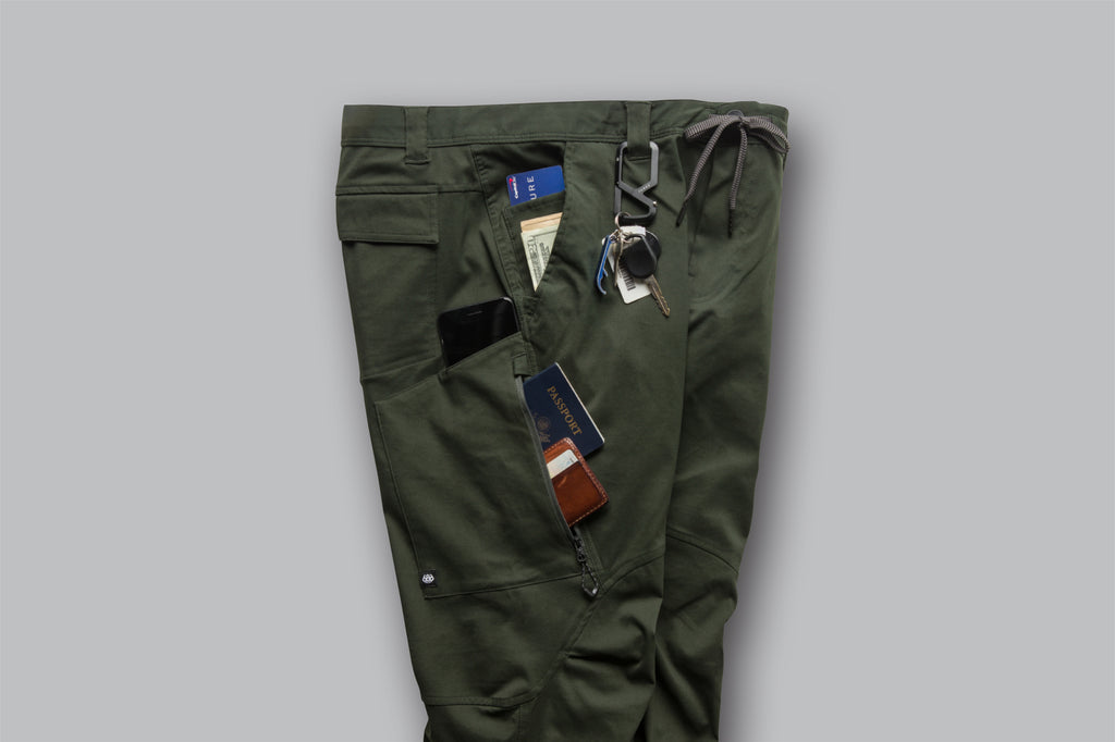 fb69b920095e 686 Technical Apparel - Pants, Jackets and Outerwear | 686.com