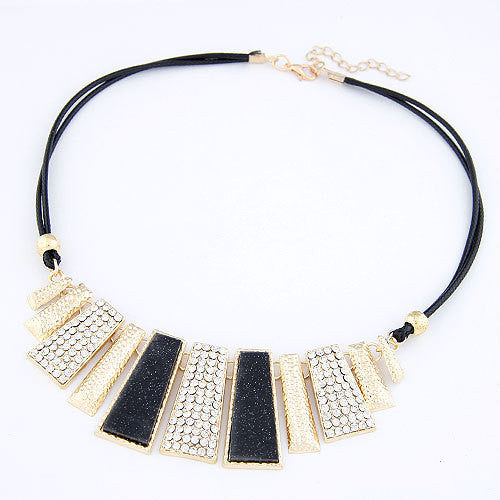 Crystal Chain Collar