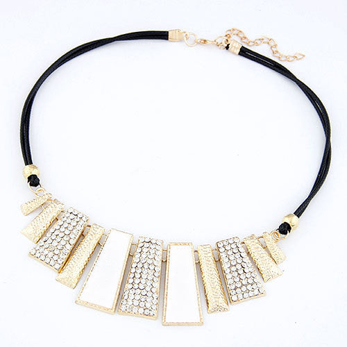 Crystal Chain Collar - Exclusive Deal