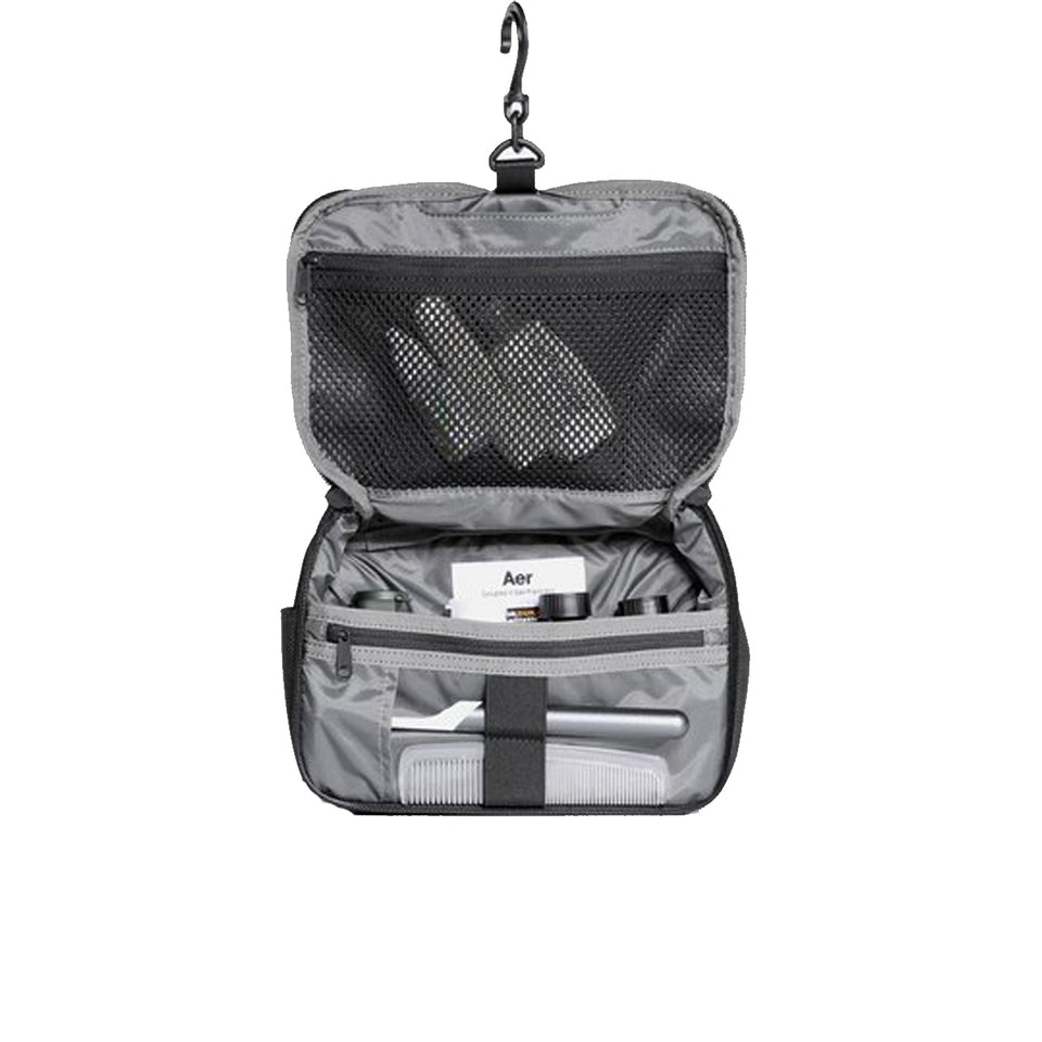 Aer : Travel Kit : Black