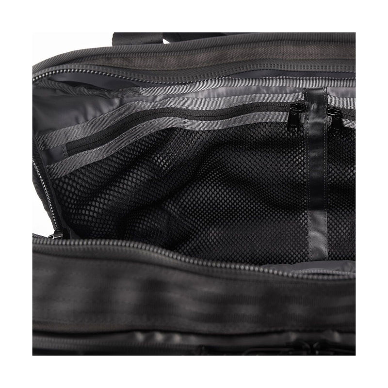 Chrome Industries : Vega 2.0 Transit Brief