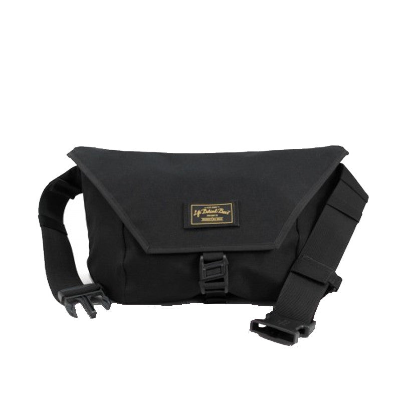 Life Behind Bars : The Slingshot 9L Sling Bag : Black
