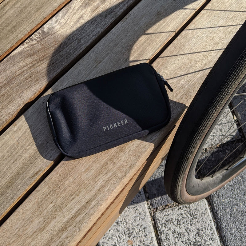Pioneer Carry : Commuter Zip Wallet : Navy