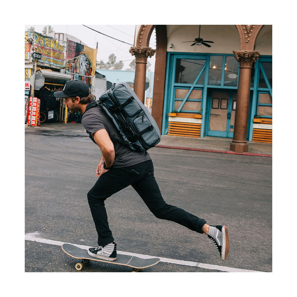 Wandrd : Hexad Access Duffel Backpack 45L : Black