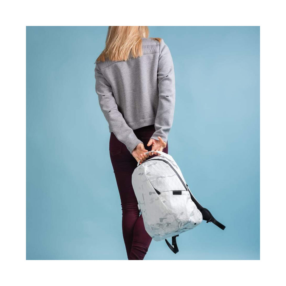 Able Carry : Thirteen Daybag : White Alpine