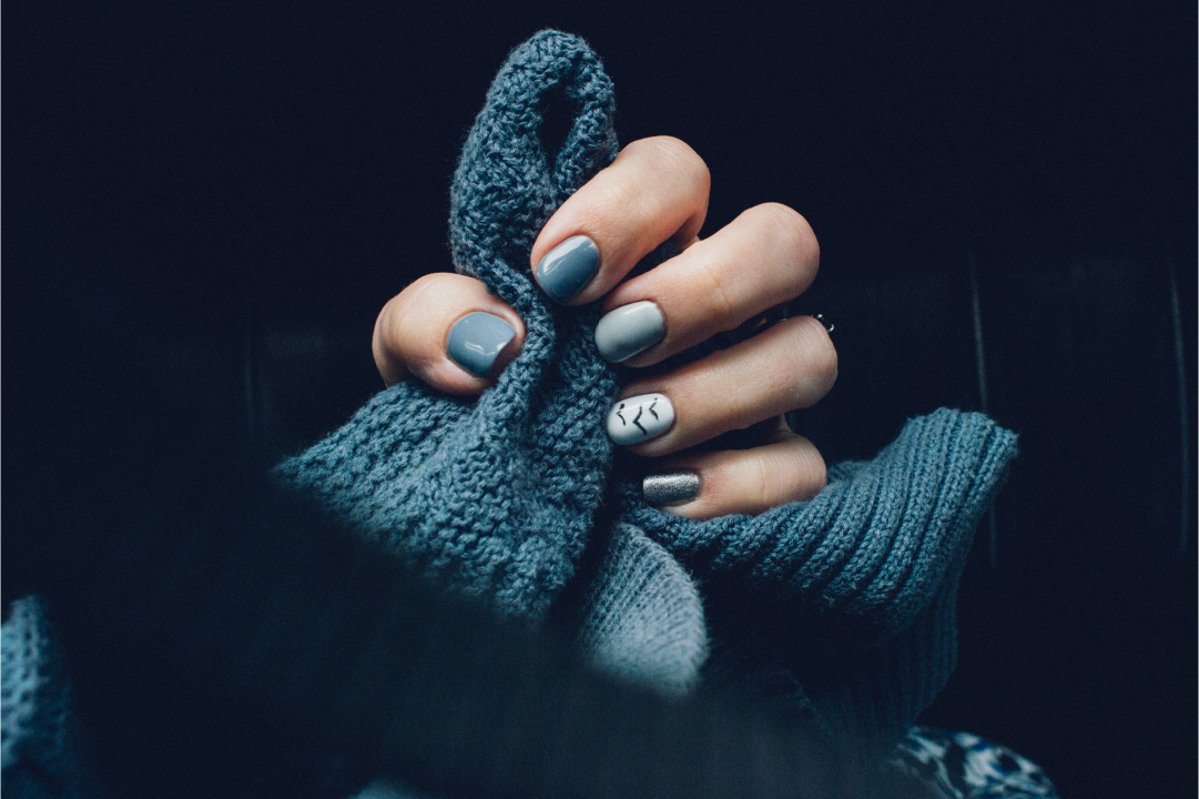 How to Prevent Your Nails from Breaking in the Cold