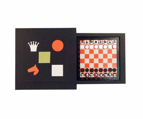 Compact slide out magnetic chess set