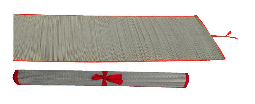 Straw multi-purpose mat with red trim