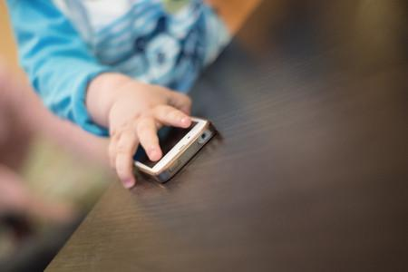 Cell phone and children: any risk?