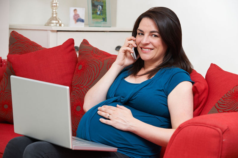 Should pregnant mothers hang up their cell phones?