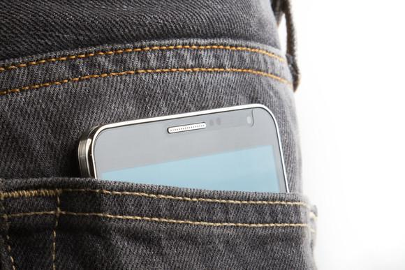 Radiation warning against phones kept in pockets