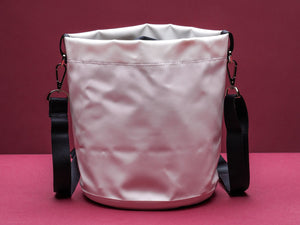 Anemone white bucket bag