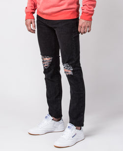The Leo Slim-Fit jeans with Ripped Knees
