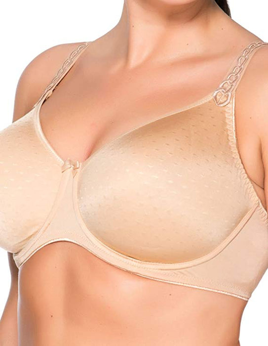 Ulla's Yara, a seamless bra for the large bust. This European made, hand sewn bra is everything a full bust needs. Style  3720.