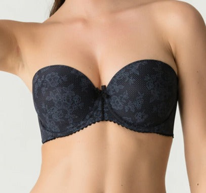 A versatile strapless Prima Donna bra, Divine, is an ideal everyday bra that can be worn with our without straps. An amazing bra on sale. Color Black. Style 0262658.