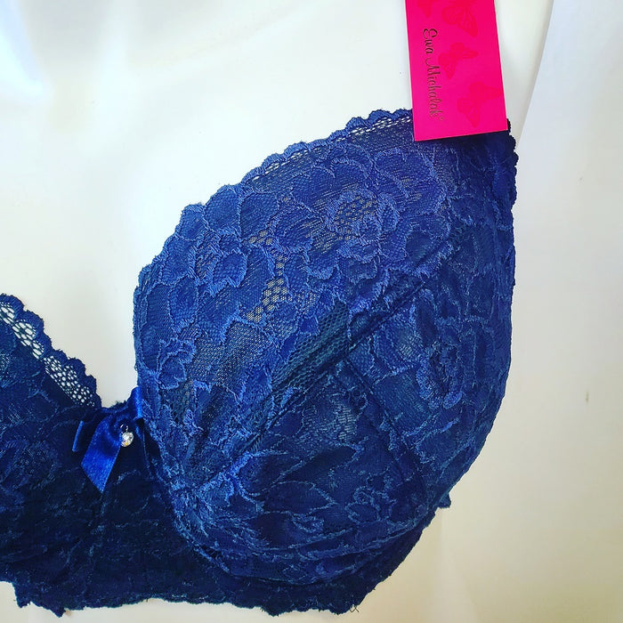 A great everyday bra from Ewa Michalak. BM Kleks, ideal for the full bust for great coverage and support. Color ink. Style 861.