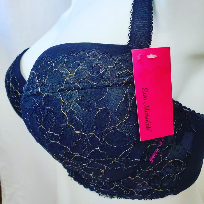 Ewa Michalak, Zlote Oko, a demi bra that is widely loved for being so comfortable. Color Black. Style 776.