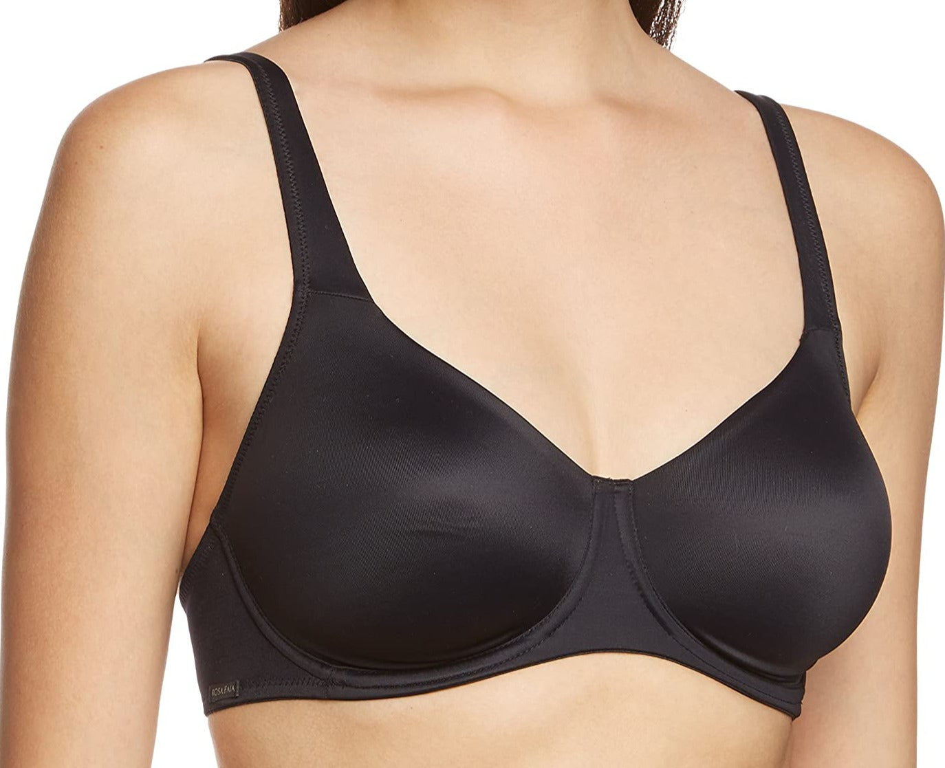This Rosa Faia bra from Anita, Twin, is a great everyday staple bra. A full coverage bra made of a silky soft fabric. Color black. Style 5688.