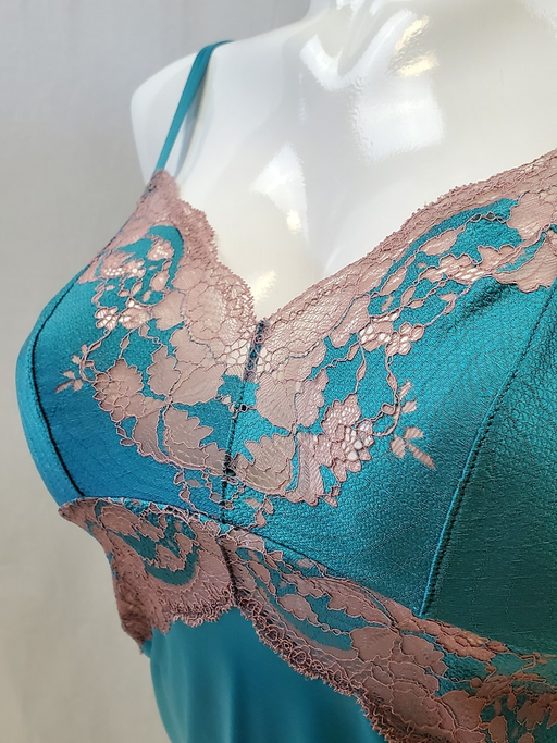 Wacoal Lace Affair, a delicate chemise with wonderful lace. Color Pagoda Twilight. Style 812256.