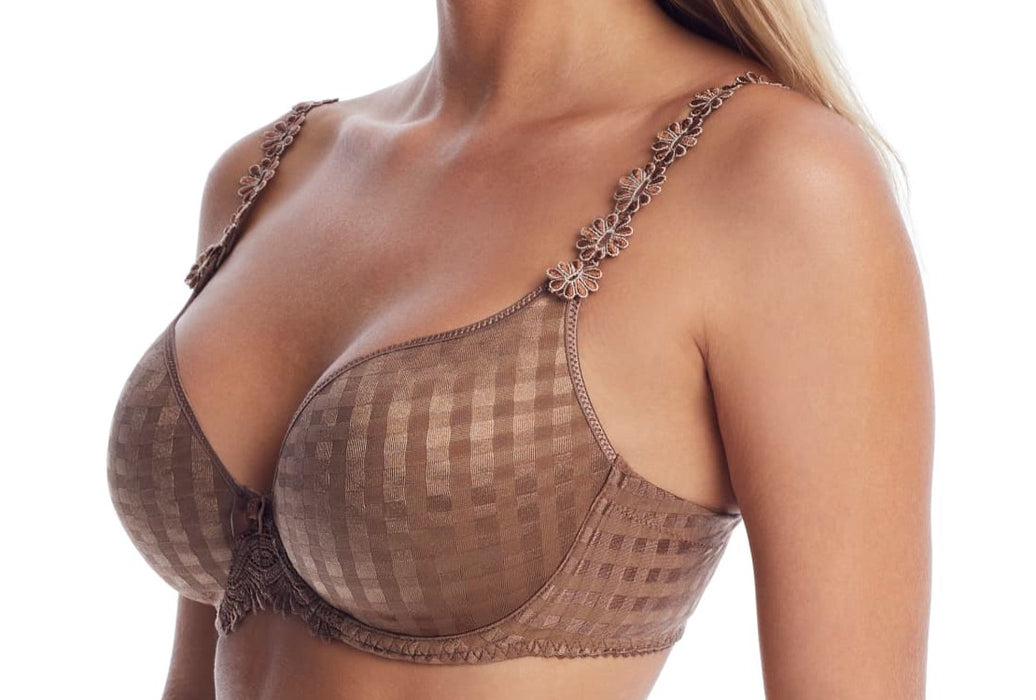 A best bra over the years, from Marie Jo, Avero. A tshirt, molded bra with great shape at a sale price. Color bronze. Style 0100416.