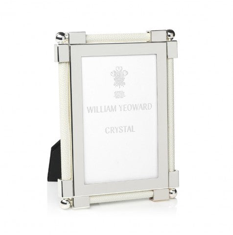 Classic Shagreen White Photo Frame