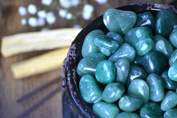 Green Aventurine Tumbled Stone Kit | Healing Crystals | Chakra Healing | Color Therapy - Sacred Soul Stones