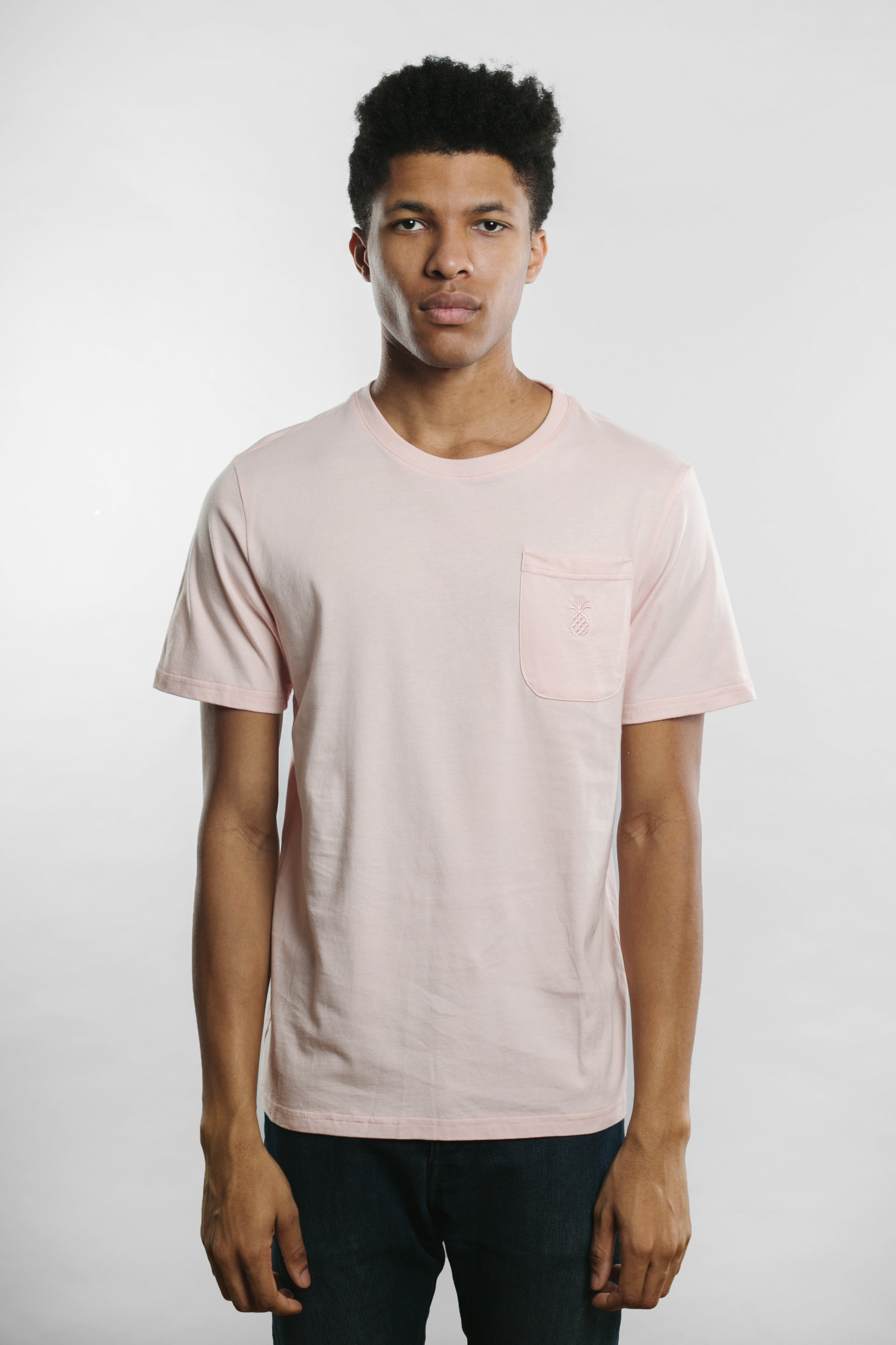 Qilo - Pineapple Pocket T-Shirt in Rose
