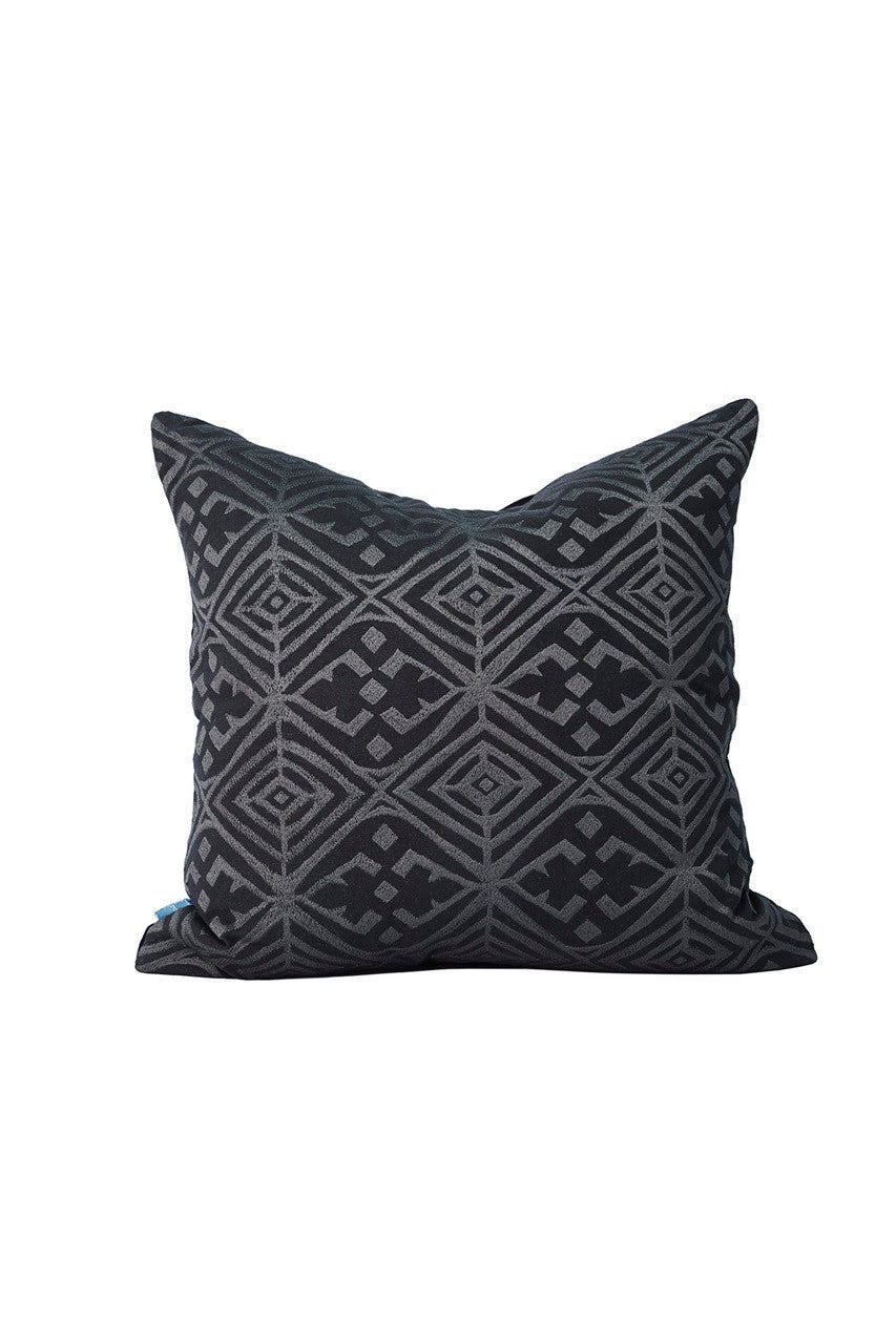 Malene B - Mustique Pillow in Black- Oluwa & Celestin