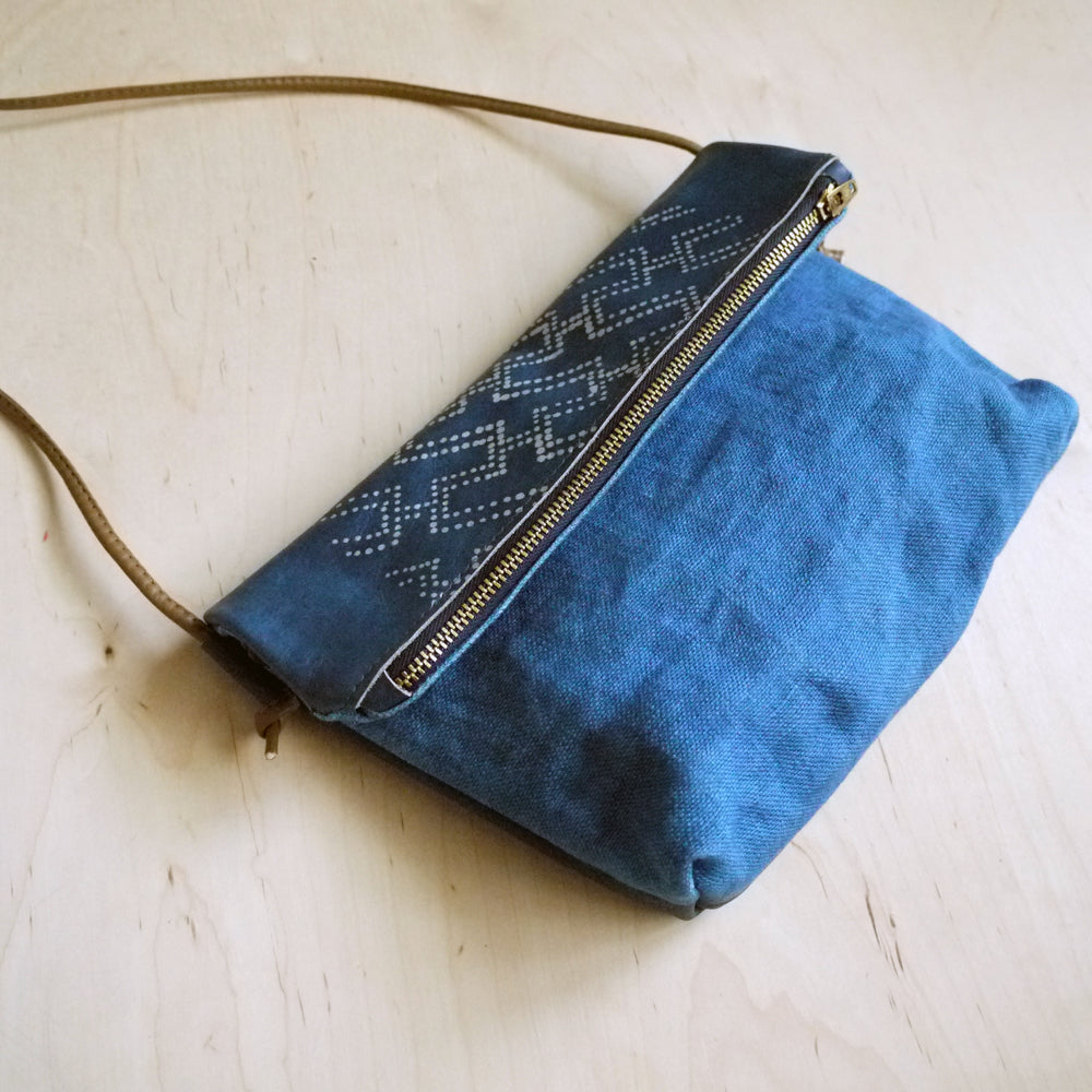 SASHIKO no. 03  Leather and Linen canvas shoulder bag, clutch.