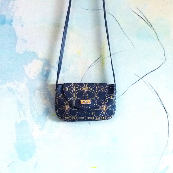 TEA STAIN no.02  mini shoulder bag.