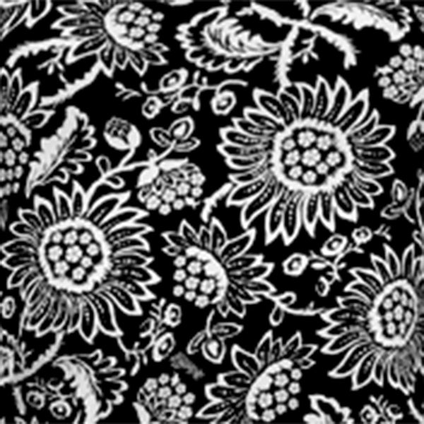 Printed Tee in Black Flower Power