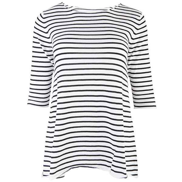 Striped Scoop Neck Pull Over in Black And White,