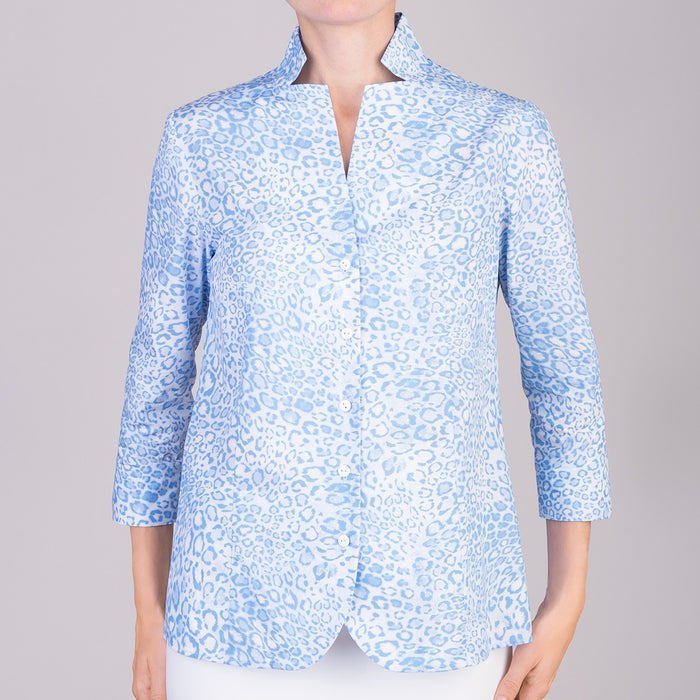 Inverted Notch Collar Shirt in Belluno Leo Light Blue
