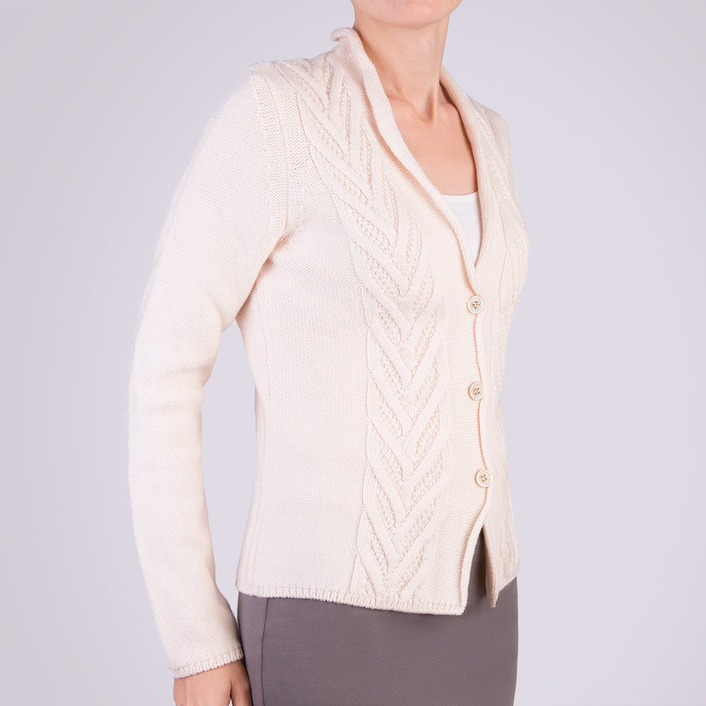 BIG CABLE CARDIGAN in OFF WHITE