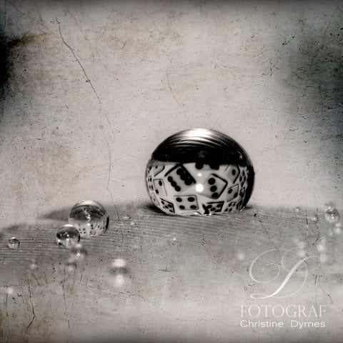 Artistic water drop - Cube 2 - Limited edition of  10 copies