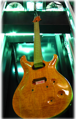 Electric guitar UV finish
