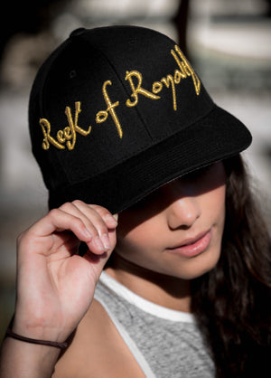 Gold Signature Bold Cap - Reek Of Royalty