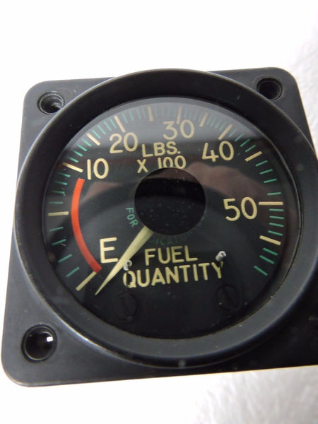 Fuel Quantity Indicator, Simmonds Pacitor 0-5800 lbs
